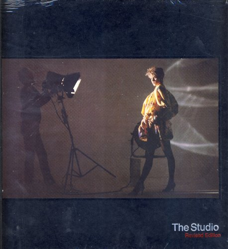 9780809444168: The Studio (Life library of photography)