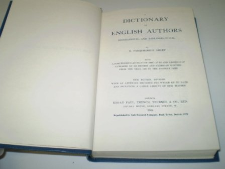 9780810342811: A Dictionary of English Authors, Biographical and Bibliographical, Being a Compendious Account of the Lives and Writings of Upwards of 800 British ... From the Year 1400 to the Present Time