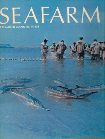 9780810916043: Seafarm: The story of aquaculture