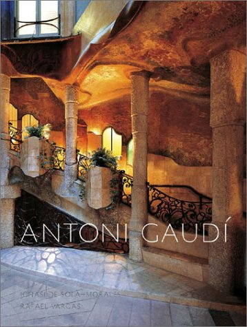 9780810946255: Gaudi, Antoni