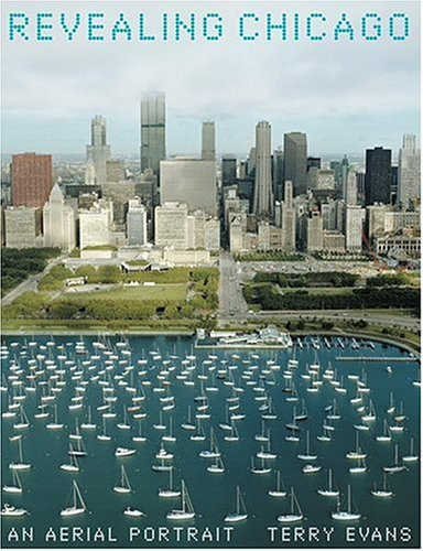 9780810958746: Revealing Chicago: An Aerial Portrait