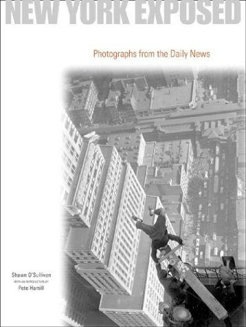 9780810982406: New York Exposed: Photographs from the Daily News