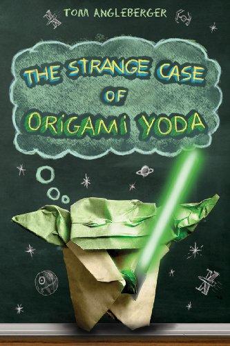9780810984257: The Strange Case of Origami Yoda