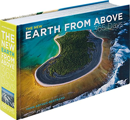 9780810984615: The New Earth from Above: 365 Days