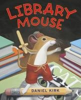 9780810989290: Library Mouse