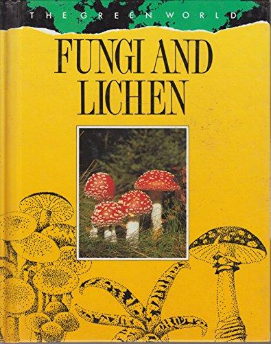 9780811427289: Fungi and Lichens (Green World)