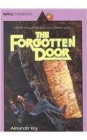 9780812425475: The Forgotten Door (Apple Paperbacks)