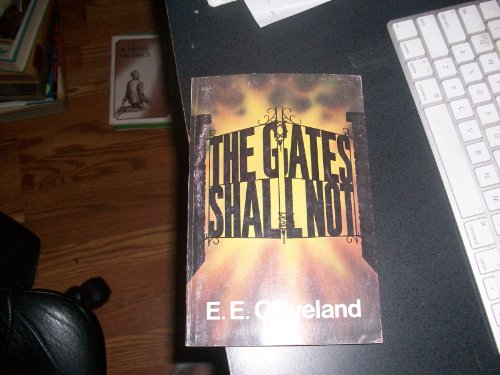 9780812703252: The gates shall not