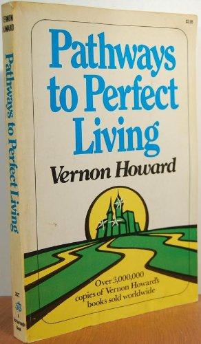 9780812824278: Pathways Perfect Living