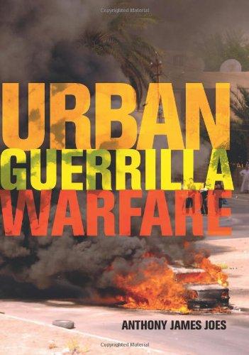 9780813124377: Urban Guerrilla Warfare