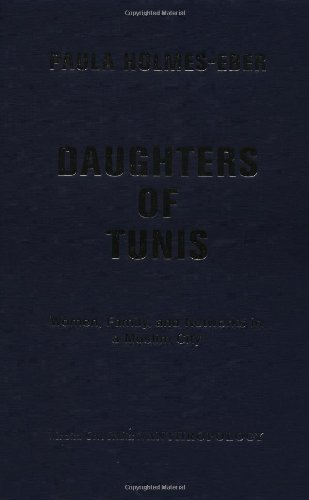 9780813339436: Daughters of Tunis: Women, Family, and Networks in a Muslim City