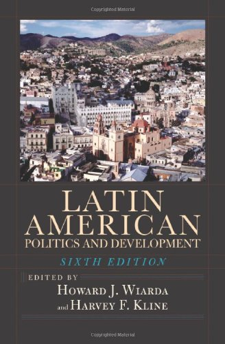 9780813343273: Latin American Politics and Development