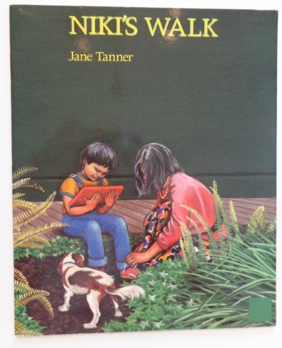 Niki's Walk (0813639476) by Jane Tanner
