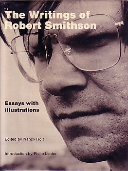 9780814733943: Writings of Robert Smithson: Essays with Illustrations