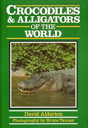 9780816022977: Crocodiles and Alligators of the World