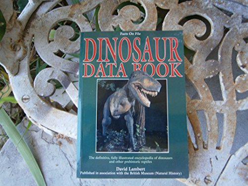 9780816024315: The Dinosaur Data Book