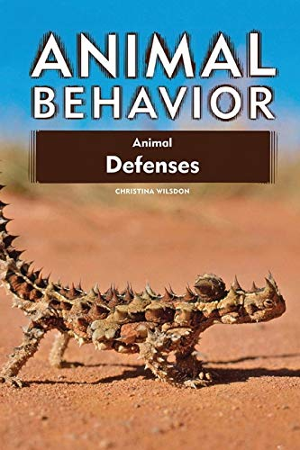 9780816085125: Animal Behavior Animal Defenses