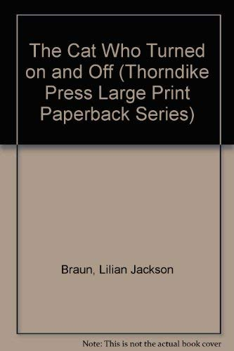 9780816148158: The Cat Who Turned on and Off (Thorndike Press Large Print Paperback Series)