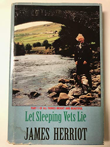 Let Sleeping Vets Lie (G K Hall Large Print Book Series): Herriot, James