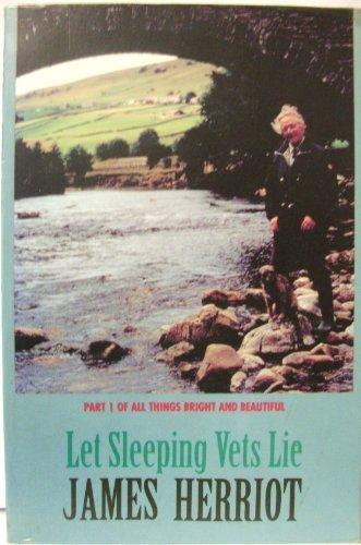 Let Sleeping Vets Lie (Thorndike Press Large Print Paperback Series): James Herriot