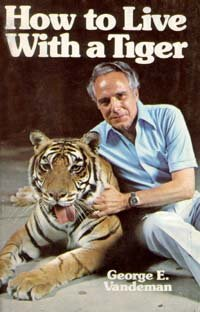 9780816300044: How to live with a tiger
