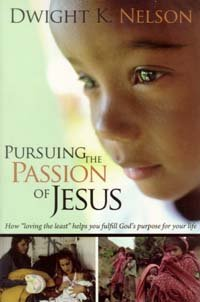 9780816320431: Pursuing the Passion of Jesus: How