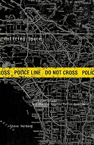 9780816628643: Policing Space: Territoriality and the Los Angeles Police Department