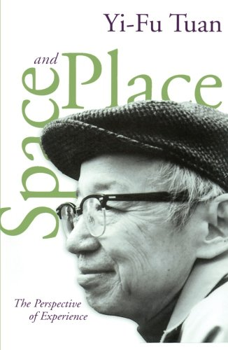 9780816638772: Space and Place: The Perspective of Experience