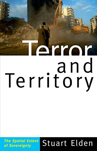 9780816654840: Terror and Territory: The Spatial Extent of Sovereignty