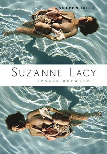 9780816660964: Suzanne Lacy: Spaces Between