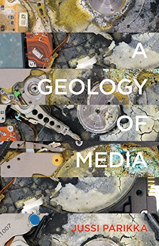 9780816695515: A Geology of Media (Electronic Mediations)