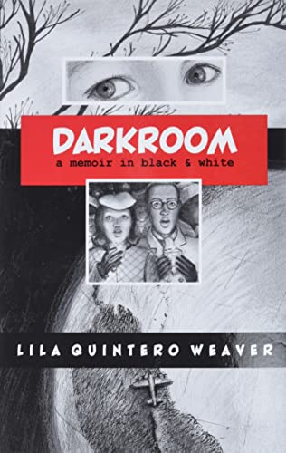 9780817357146: Darkroom: A Memoir in Black and White