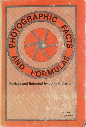 9780817405809: Photographic Facts and Formulas