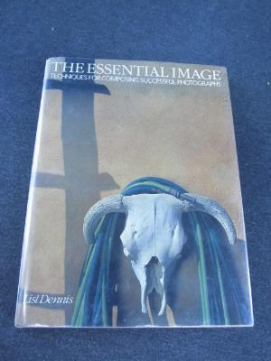 9780817439323: The Essential Image