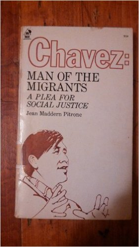 9780818902192: Chavez, man of the migrants: a plea for social justice