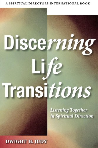9780819224071: Discerning Life Transitions: Listening Together in Spiritual Direction (Spiritual Directors International Books)