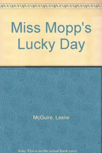 9780819310620: Miss Mopp's Lucky Day