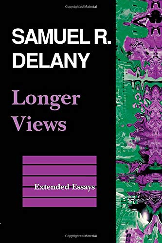 9780819552815: Longer Views: Extended Essays