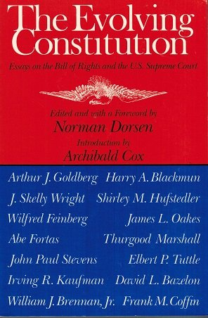 9780819562203: The Evolving Constitution: Essays on the Bill of Rights and the U.S. Supreme Court