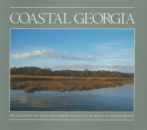 9780820315850: Coastal Georgia (Golden Coast Books)