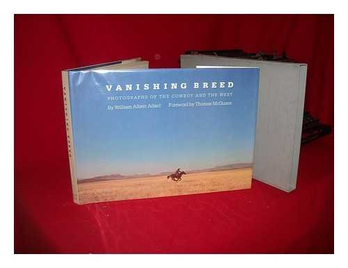 9780821215241: Vanishing breed: Photographs of the cowboy and the West
