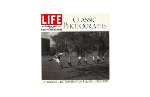 9780821218006: Life: Classic Photographs : A Personal Interpretation