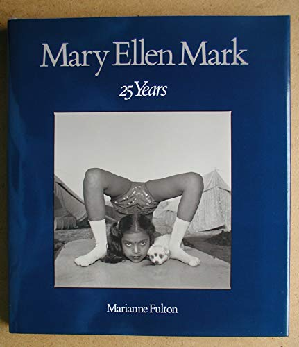 9780821218372: Mary Ellen Mark: 25 Years