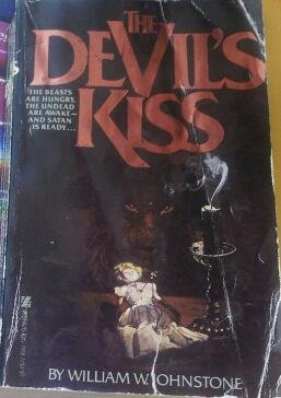 9780821711682: Devil's Kiss
