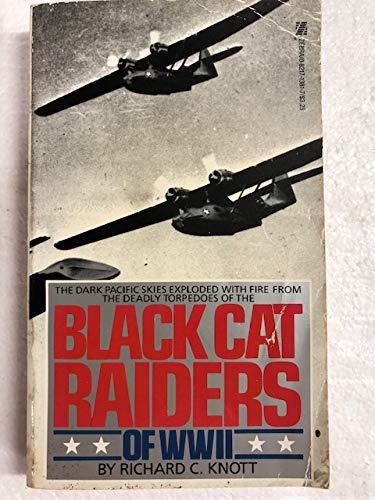 9780821713815: Black Cat Raiders of World War II
