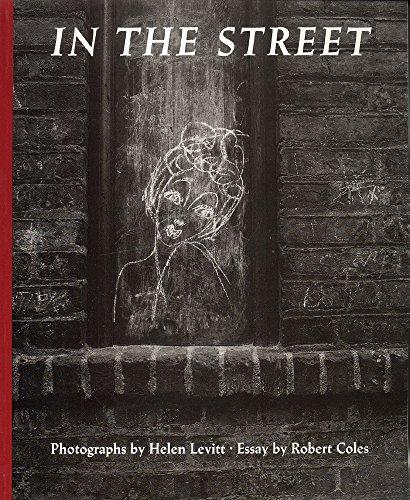 9780822307280: Helen Levitt: In The Street