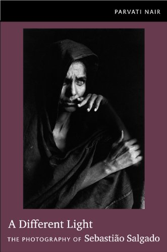 9780822350484: A Different Light: The Photography of Sebastio Salgado