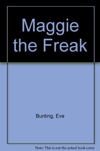 9780822435303: Maggie the Freak