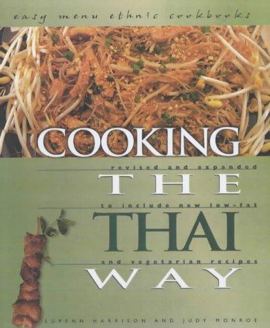 9780822506089: Cooking the Thai Way (Easy Menu Ethnic Cookbooks)