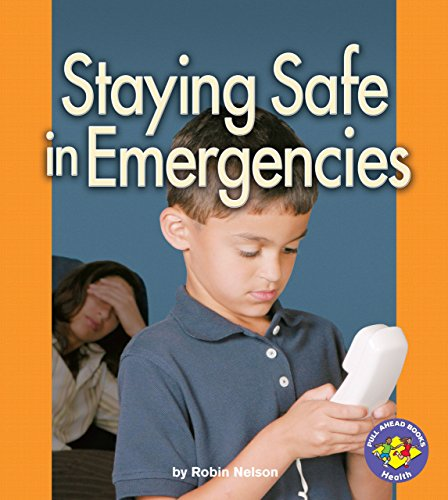 9780822533917: Staying Safe in Emergencies (Pull Ahead Books (Hardcover))